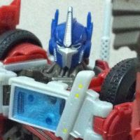 Close Up & Video Review Prime Voyager Optimus Prime