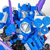 BotCon's First of Six Revealed As Gigatron