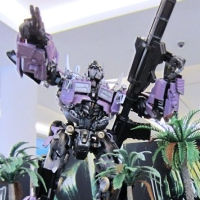 HTCC Transformers Customizers Battled Out For A Cybertronian Ride