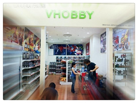 Transformers Toys Galore, Now At V-Hobby 1Utama