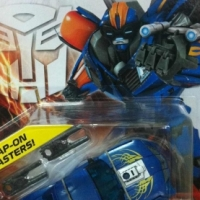 Prime Deluxe Hot Shot, Knock Out & Vehicon Revealed